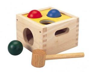 Caja con bolas Golpea y Cae